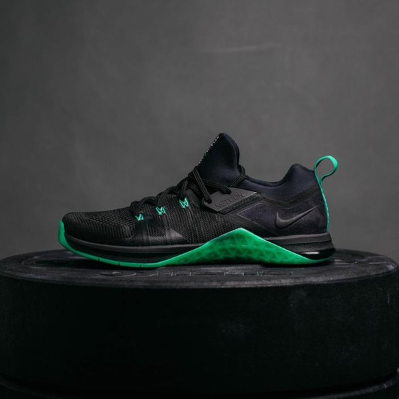 Nike Shoes   Metcon Flyknit 3 Invictus